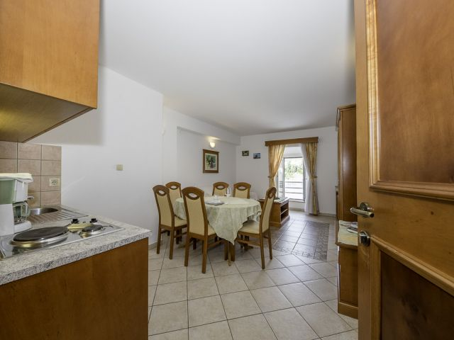 Apartment 23